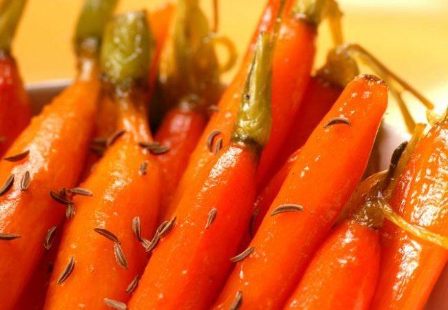 morcovi-caramelizati-in-sos-de-rodie_size1