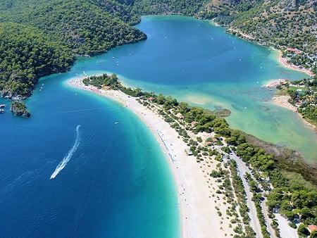 Laguna azurie Ölüdeniz, Turcia