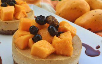 Delicii cu mango: tort cu mousse de mango
