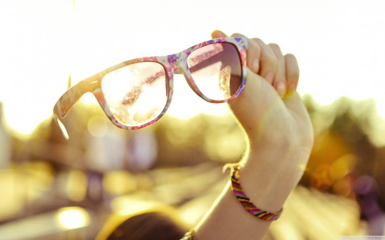 Cu ochii in soare