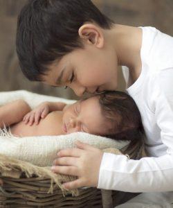 10 sfaturi pentru a reduce certurile dintre frați