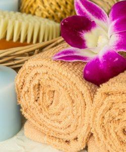 Detoxifiaza-te cu ajutorul periajului uscat al pielii