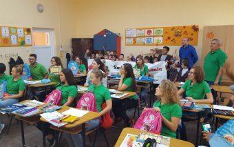 Peste 40.000 de preşcolari şi şcolari beneficiază de sprijin