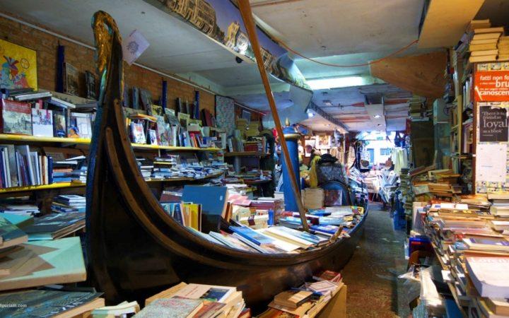 Libraria Acqua Alta, Venetia