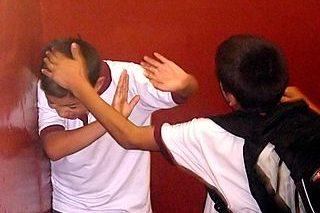 Bullying? Ce este si cum se manifesta acest fenomen? Ghid pentru parinti