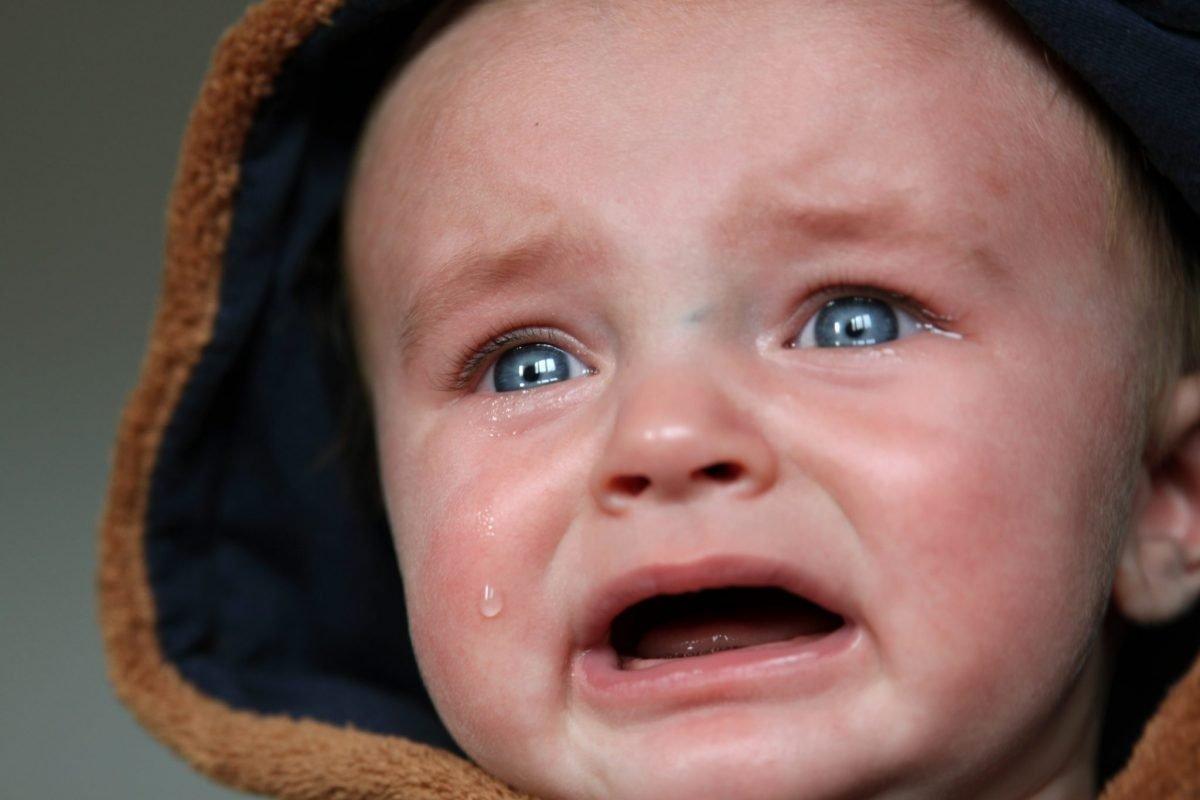 Plânge bebele! S.O.S. Ajutor, ce mă fac?