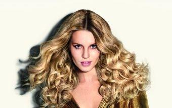 Produse esentiale pentru a-ti mentine nuanta perfecta de blond