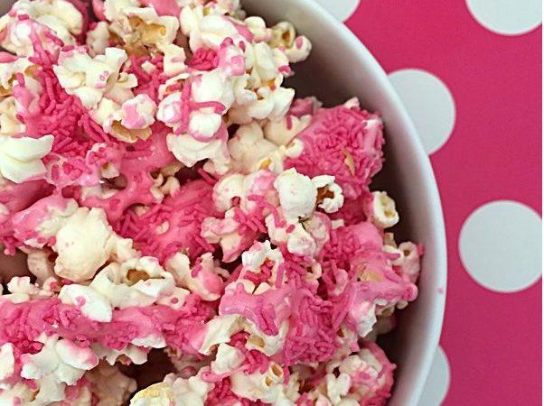 Nutella și Marshmallow popcorn, bun de te lingi pe degete