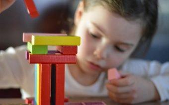 cum îmbunătățești concentrarea copiilor la teme