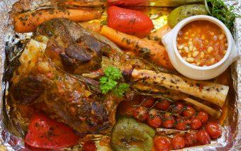 De Crăciun: cele 5 reguli pentru a evita tulburările gastrointestinale