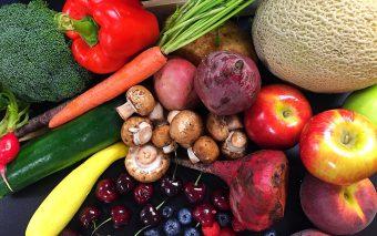 Cele 10 reguli care îi ajută pe copii să mănânce...bine!