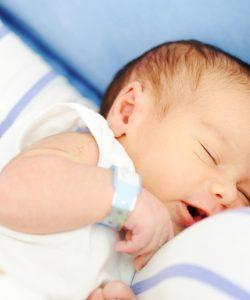 naștere naturală vs. cezariană