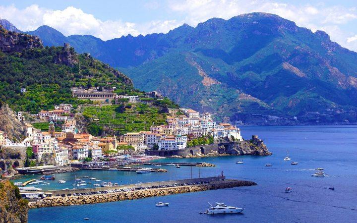 Amalfi. Călătorii în doi de Valentine's Day