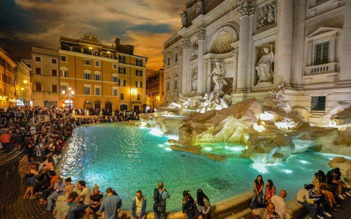 City break la Roma. Fontana di Trevi