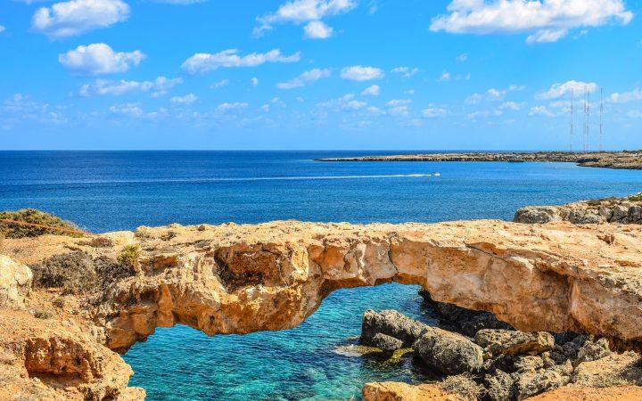 Paphos. Călătorii în doi de Valentine's Day