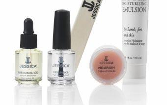 Secretul pentru o manichiura perfecta acasa: kitul de la Jessica Cosmetics