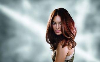 Cum menții strălucirea părului roșcat