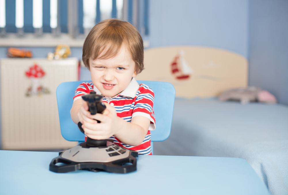 cum îți înveți copilul în joacă