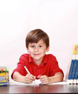 Cum învață copilul tău