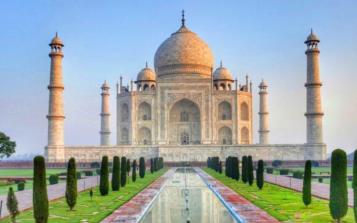 Mărțișor Călător în India – tărâmul contrastelor frumoase