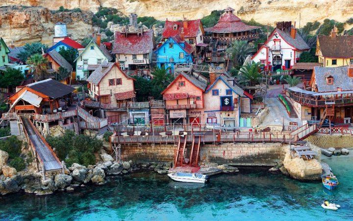 Escapadă în satul lui Popeye Marinarul