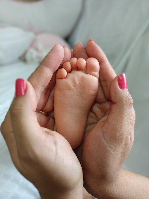 cum se declară nașterea unui bebeluș