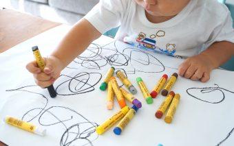Ce să te joci cu un copil de 2 ani