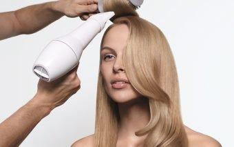 Cum îți îngrijești părul în lunile de vacanță?