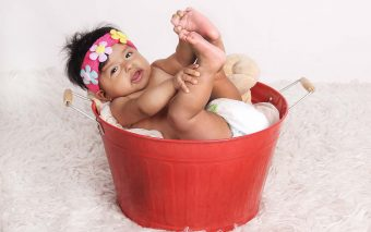 Cât de des faci baie nou născutului?