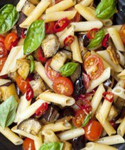 Salată cu legume la grătar