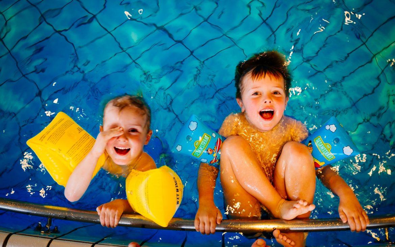Parcuri acvatice pentru copii: sugestii din toată țara