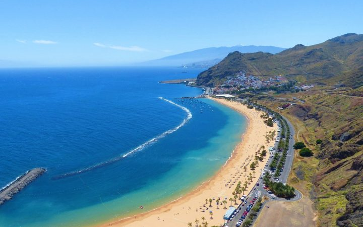 Festivalurile verii în Spania. Fiesta de Los Corazones de Tejina – îndrăgostiți pe Insula Primăverii