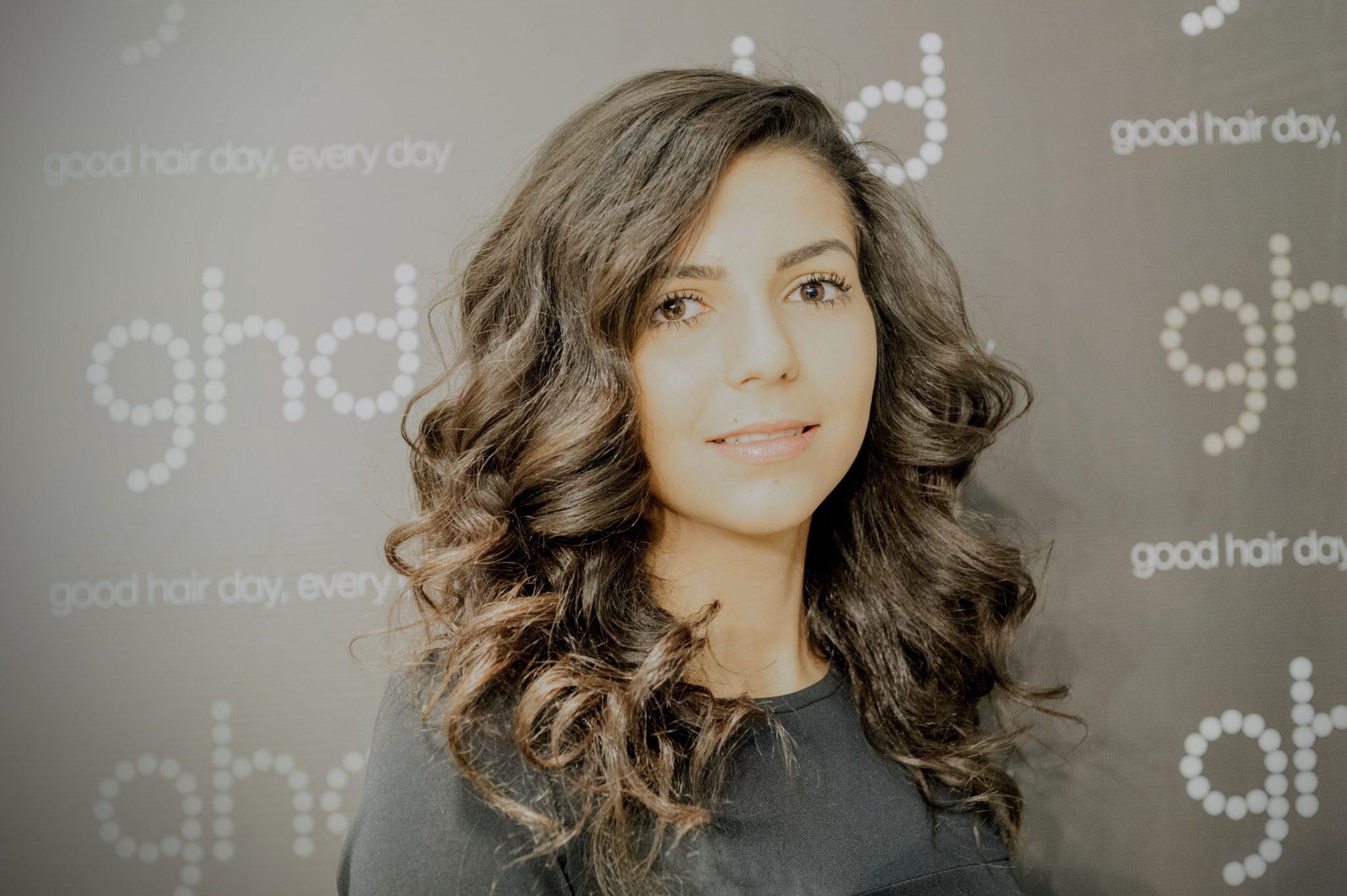Îngrijire anti-aging pentru părul tău. Tipsuri de la experții ghd