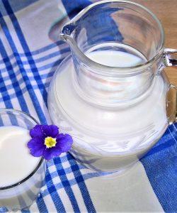 beneficiile laptelui pentru copii