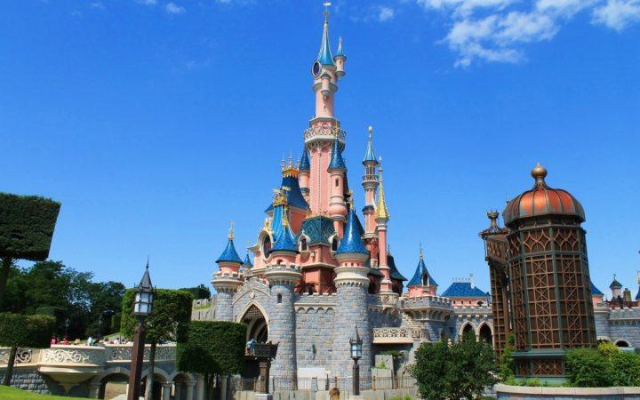 Distracție în familie la Disneyland Paris