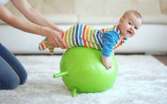 Kinetoterapie pentru copii. Gimnastica care tratează probleme de sănătate