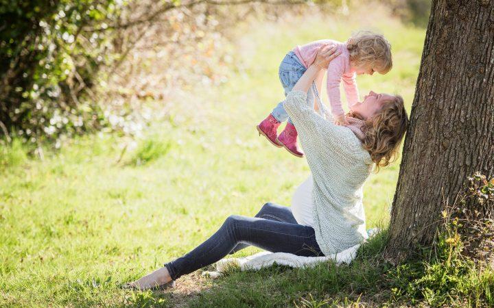 Să recunoaștem cinstit: fricile mamelor nu dispar niciodată. Nici măcar atunci când copilul a devenit adult și are, la rândul său, copii.