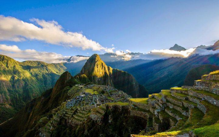 Calcă pe urmele civilizației Inca – Machu Picchu