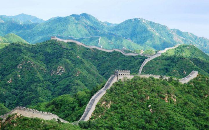 10 călătorii de legendă. Urcă pe Marele Zid Chinezesc – China