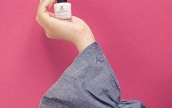 Manichiura in nuante nude – cea mai sigura alegere pentru unghiile tale
