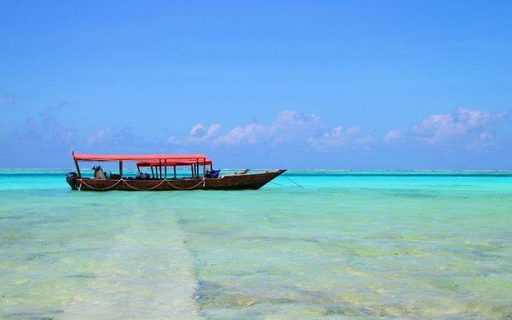 Safari Blue în Zanzibar