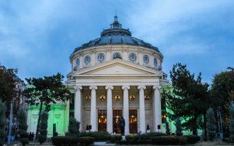 """10 clădiri istorice, iluminate în cadrul proiectului """"Mă vezi? 1918 într-o altă lumină"""""""
