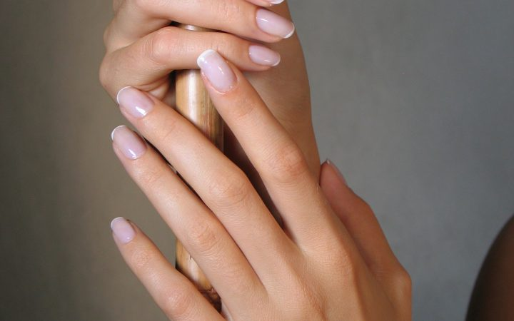Cum să ai unghii sănătoase și fără striații?