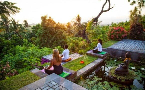 Meditează în mijlocul junglei – Bali