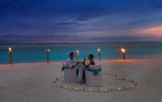 Ia cina pe o plajă albă – Thailanda