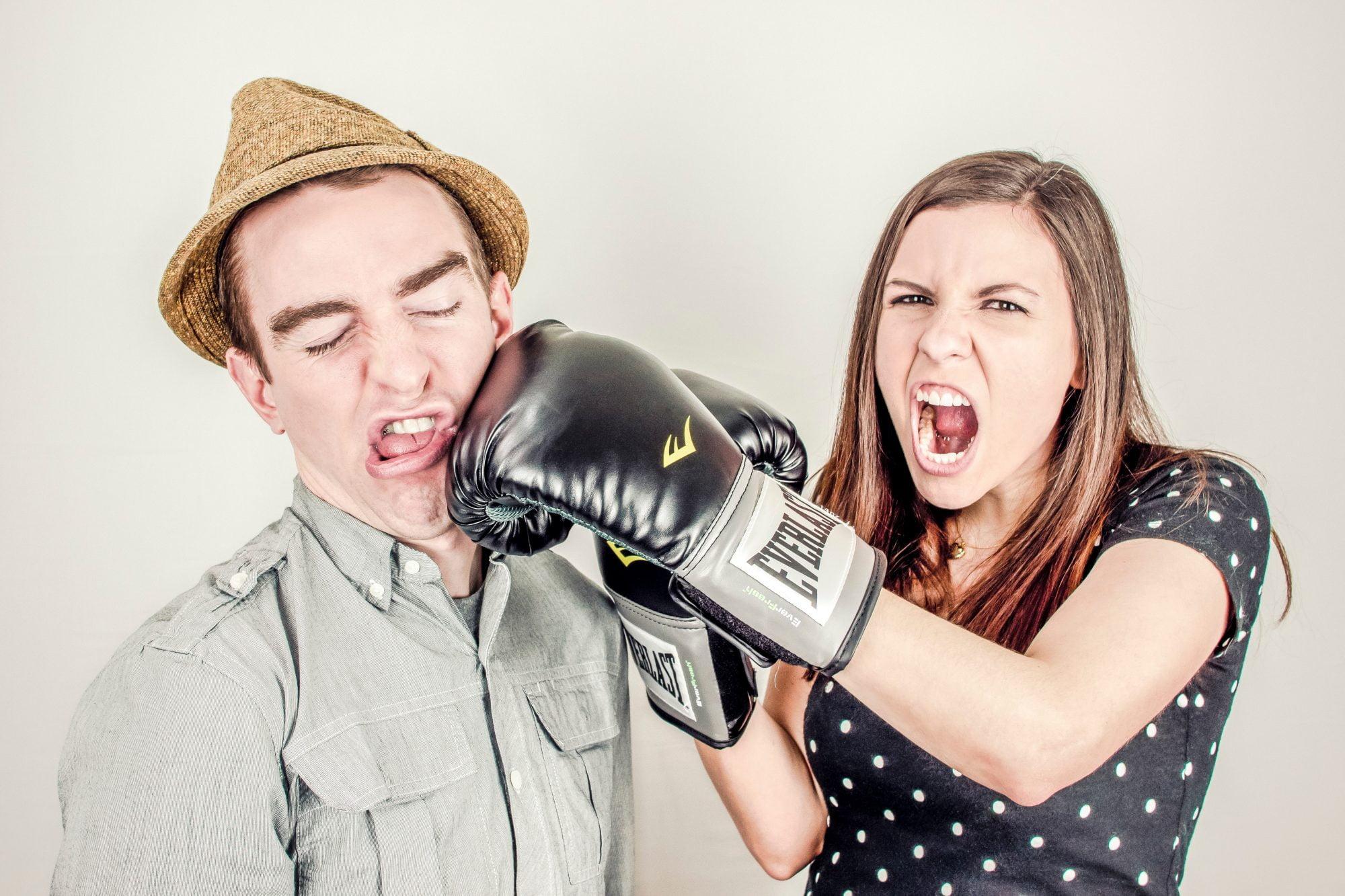 Mai mici sau mai mari conflicte are toată lumea. Important este ca cearta în familie să nu degenereze.