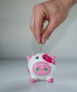 Cum îi învățăm pe copii să economisească. Ce metode să adopți?