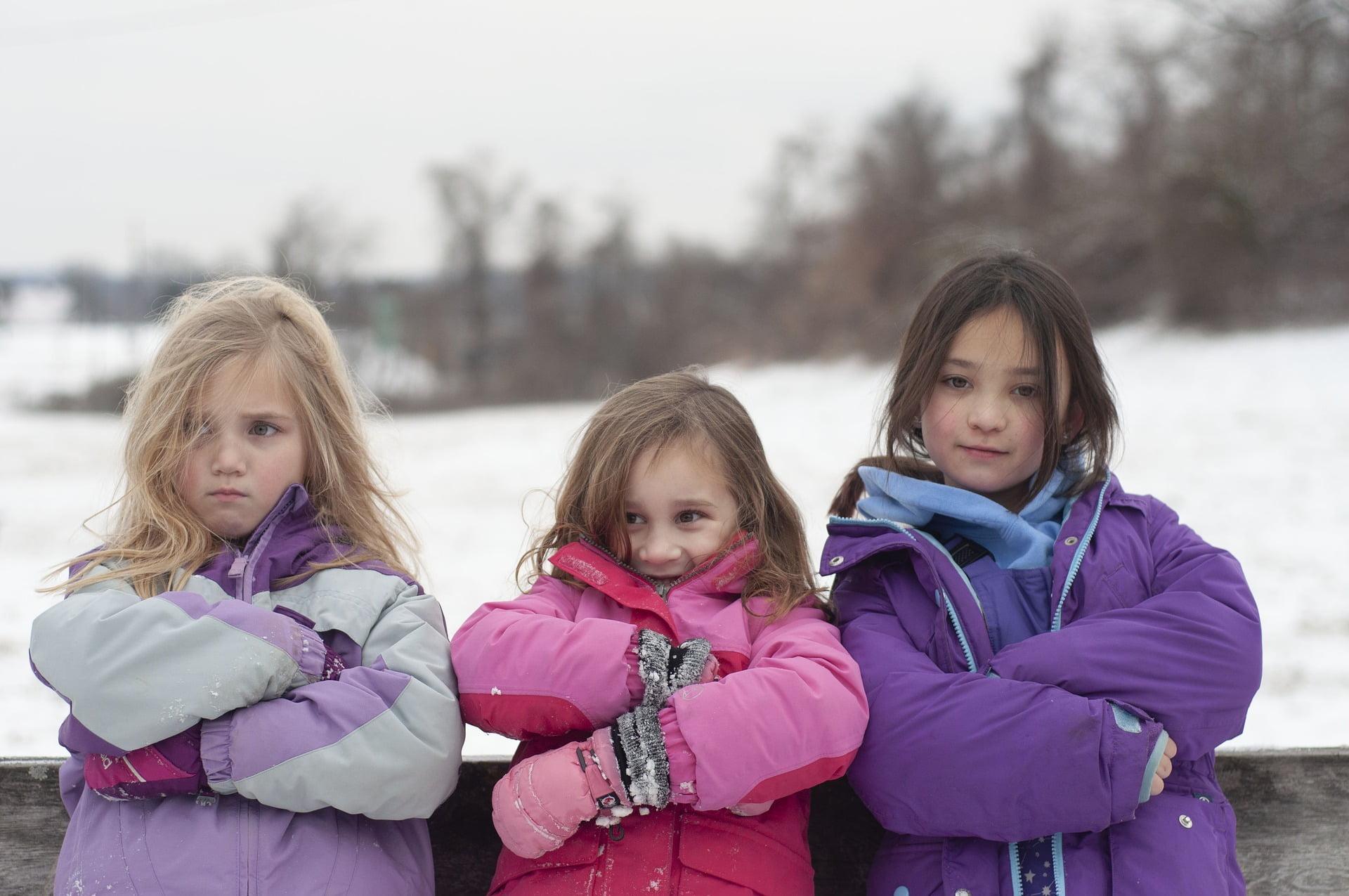 Cum ne protejăm copiii de bolile sezonului rece. Ce măsuri să iei?