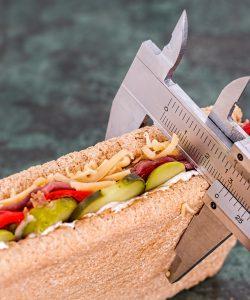 Cura de slăbire disociată încurajează consumul de alimente, singura condiție fiind aceea de a nu le amesteca.