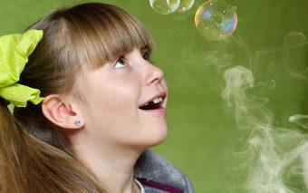 Află cât este de nociv fumatul pasiv la copii.
